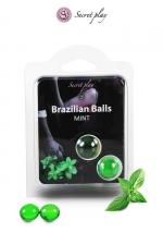 2 Brazillian balls - menthe - La chaleur du corps transforme la brazilian ball en liquide glissant au parfum menthe, votre imagination s'en trouve exacerbée.